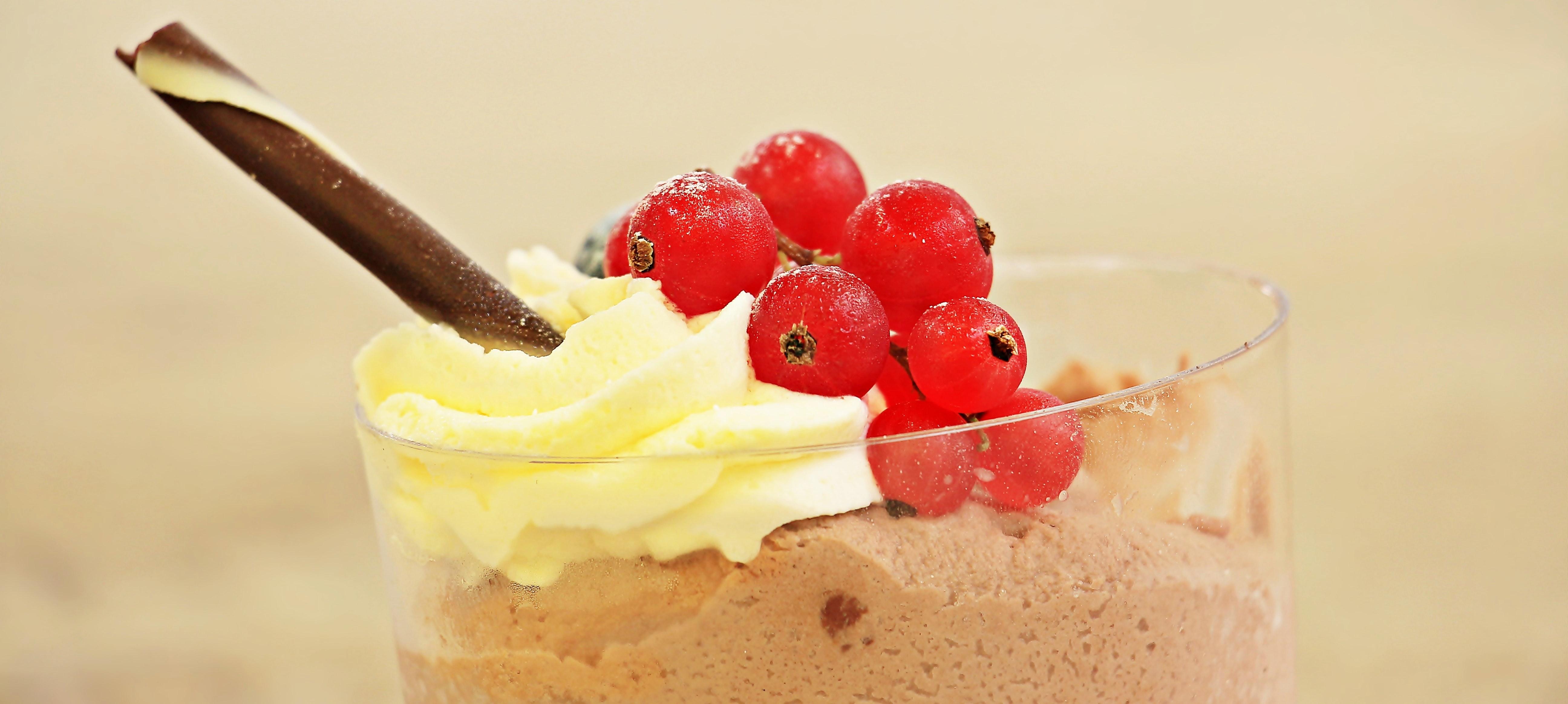 Beere Cremig Dessert